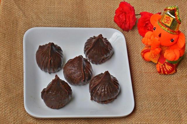 Home Made Chocolate Modak